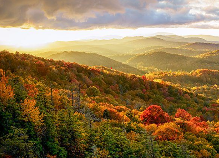 Landscape of mountains in the Fall